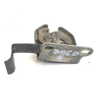 spare-parts-mercedes-benz-used-340975-cover-image