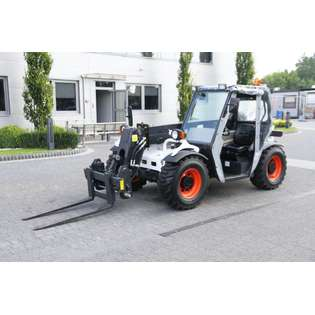2010-bobcat-t2250-cover-image