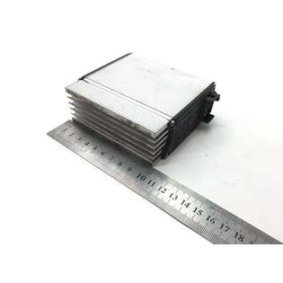 spare-parts-mercedes-benz-used-348812-cover-image