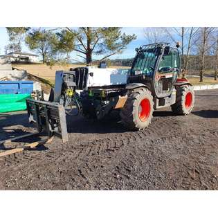 2015-bobcat-t40180-cover-image