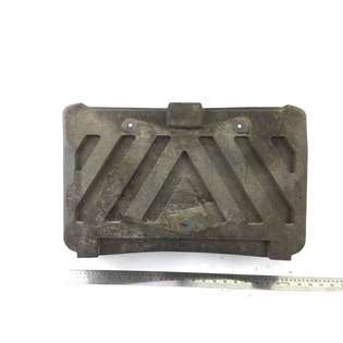spare-parts-mercedes-benz-used-355483-cover-image