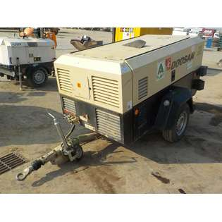 2015-ingersoll-rand-773-260cfm-cover-image