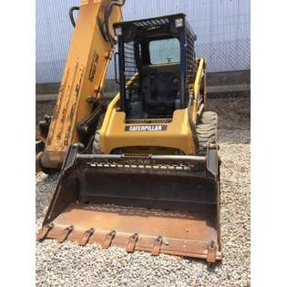 2013-caterpillar-216b3-39700-cover-image