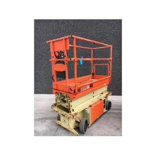 2015-jlg-6rs-388300-cover-image