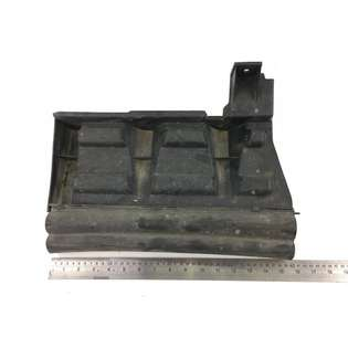 spare-parts-mercedes-benz-used-397126-cover-image