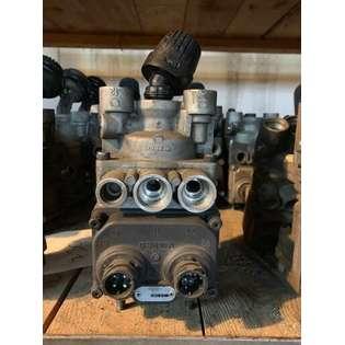 brake-master-cylinder-wabco-used-part-no-4800015000-cover-image