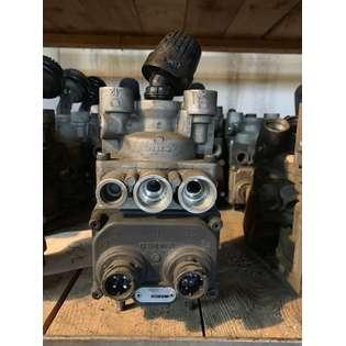 brake-master-cylinder-wabco-used-cover-image