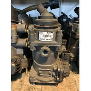 brake-master-cylinder-knorr-bremse-used-404539-cover-image