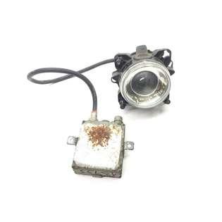 headlight-hella-used-426676-cover-image