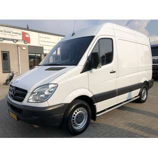 2011-mercedes-benz-906-ka-35-sprinter-310cdi-cover-image