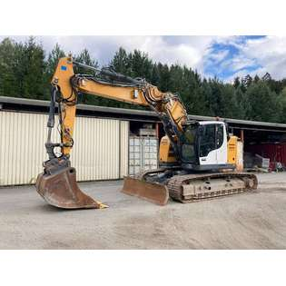 2015-liebherr-r926-compact-437812-cover-image