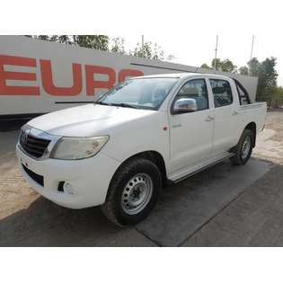 2014-toyota-hilux-439841-cover-image
