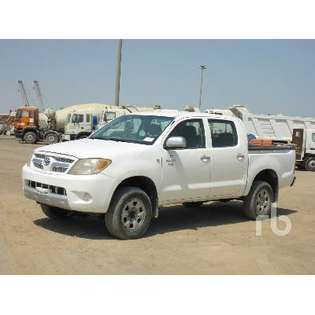 2008-toyota-hilux-442600-cover-image
