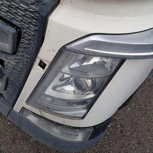 control-unit-volvo-used-part-no-volvo-fh4-euro6-euro-6-emission-lamps-head-lamps-22239247-22239244-82355055-84186279-84186281-fog-light-foot-board-82136982-82141521-82819477-82819482-82610575-82142329-82151656-8214-218818-cover-image