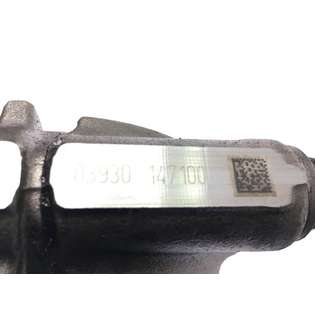 engine-parts-mercedes-benz-used-449768-cover-image