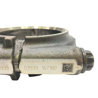 engine-parts-mercedes-benz-used-450173-cover-image