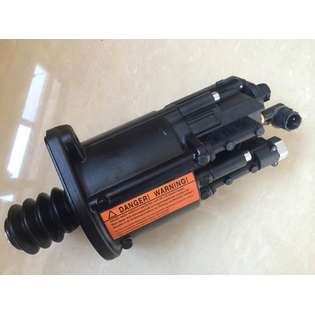 clutch-master-cylinder-mercedes-benz-new-part-no-mercedes-benz-actros-clutch-booster-clutch-aquator-pneumatic-clutch-cylinder-clutch-control-master-slave-cylinder-euro3-euro5-9701500010-0002500562-0002501562-0002514864-0049972771-00025-230437-cover-image