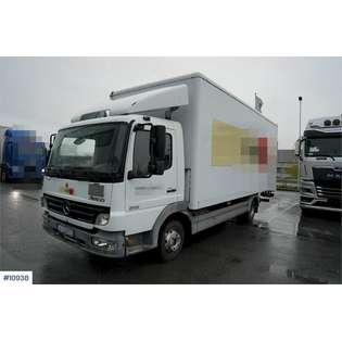 2006-mercedes-benz-815-459956-19747752