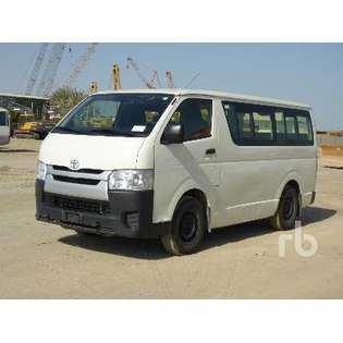 2015-toyota-hiace-460484-cover-image
