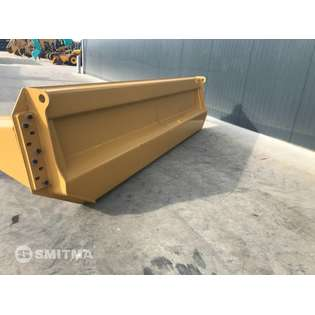 2020-caterpillar-others-464160-cover-image