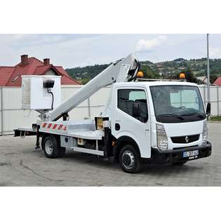 2012-renault-maxity-120dxj-cover-image