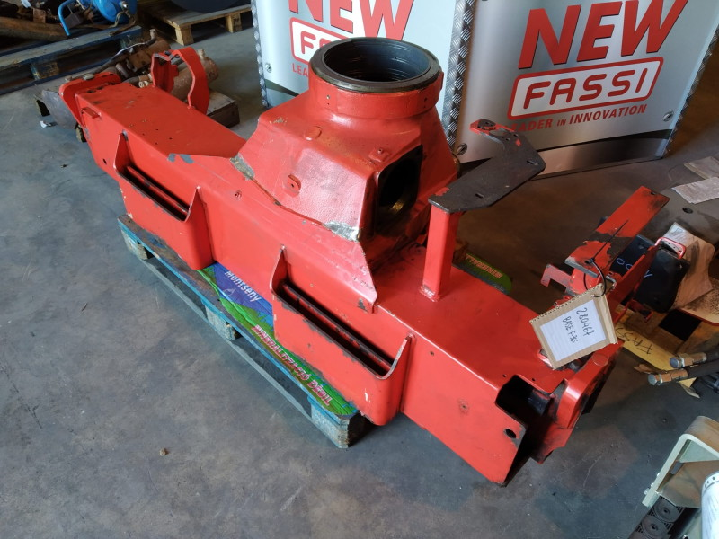 spare-parts-fassi-used-279202-equipment-cover-image