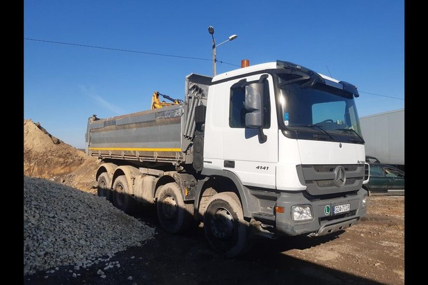 2014-mercedes-benz-actros-4141-equipment-cover-image