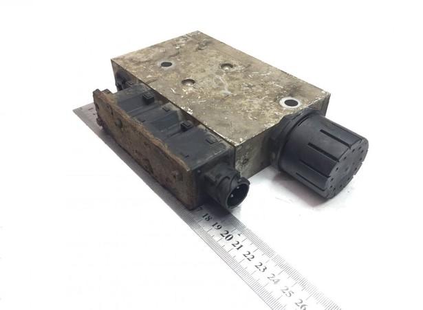 2007-knorr-bremse-b6-b7-b9-b10-b12-8500-8700-9700-9900-1995-297074-equipment-cover-image