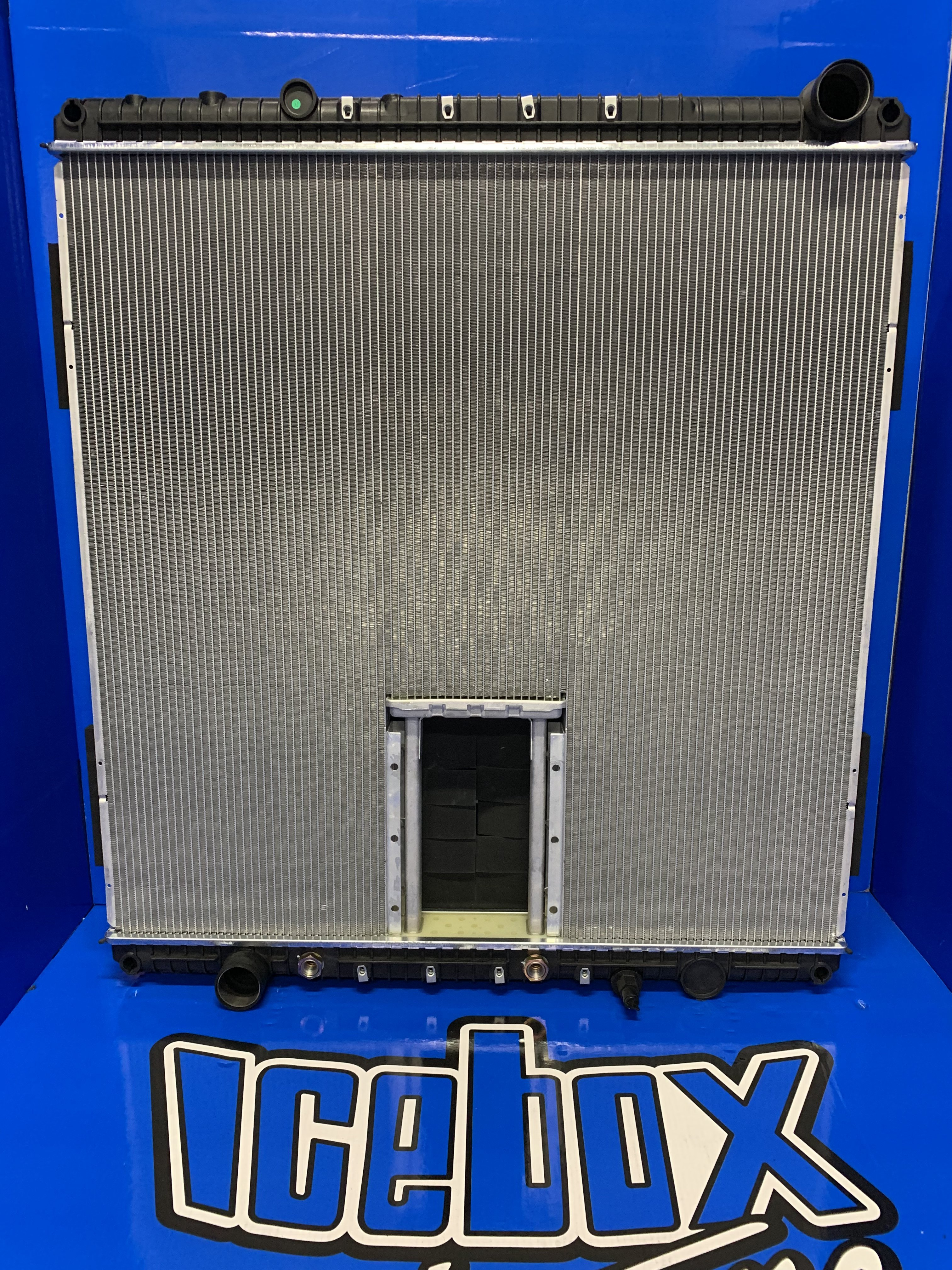 radiator-freightliner-new-part-no-a0526614035-15092782