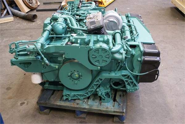 engines-volvo-part-no-dh12-equipment-cover-image