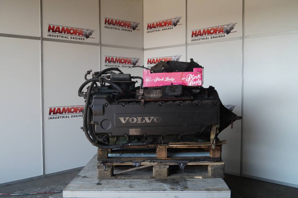 engines-volvo-part-no-dh12-103275-equipment-cover-image