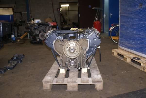 engines-man-part-no-long-block-engines-equipment-cover-image