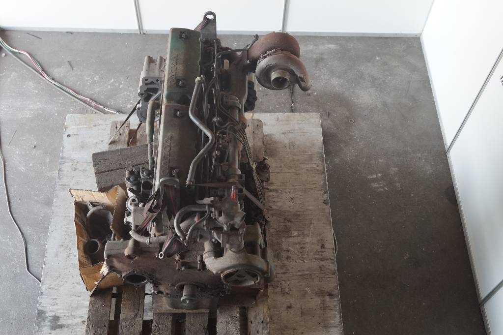 engines-volvo-part-no-td61a-11415713