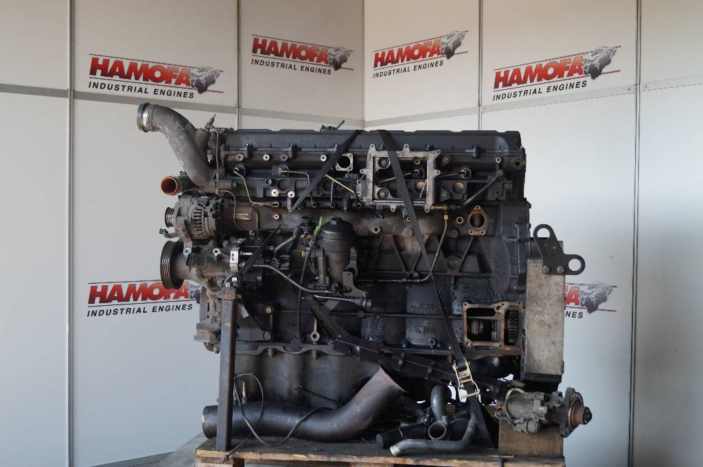 engines-man-part-no-d2066lf11-equipment-cover-image