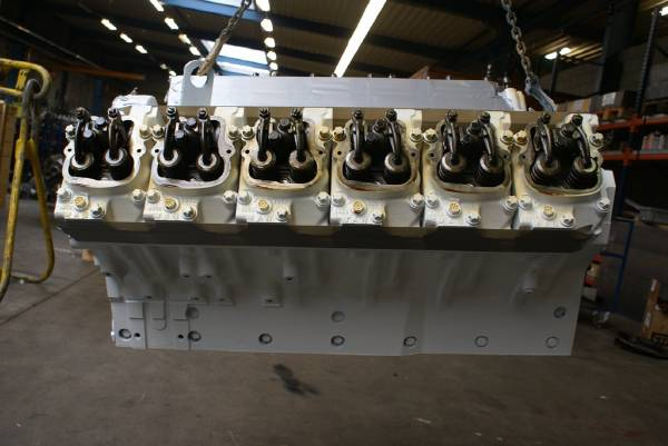 engines-man-part-no-long-block-engines-11415086