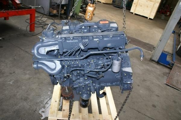 engines-man-part-no-d0824-lf-01-3-4-5-6-7-8-9-equipment-cover-image