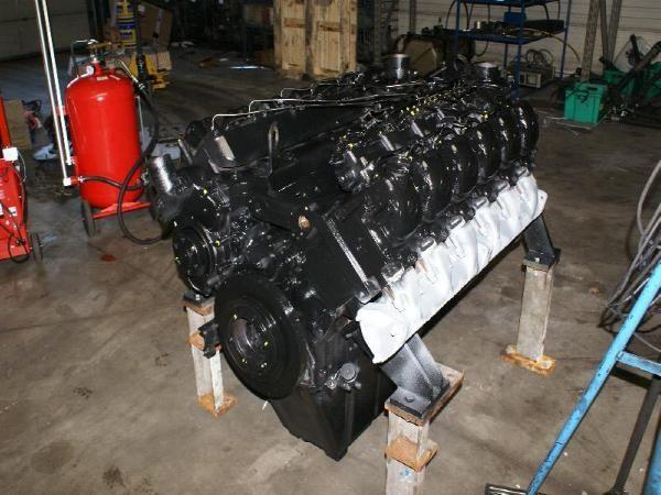 engines-mercedes-benz-part-no-om404-equipment-cover-image