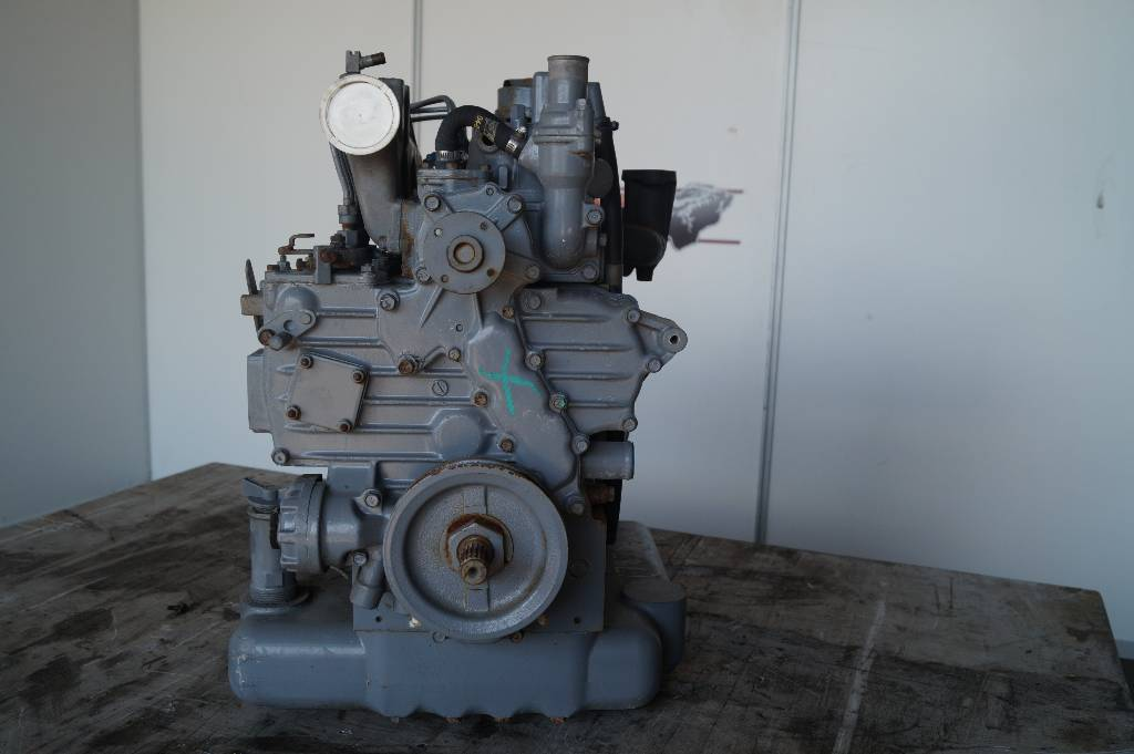 engines-kubota-part-no-v1702l4-103103-equipment-cover-image