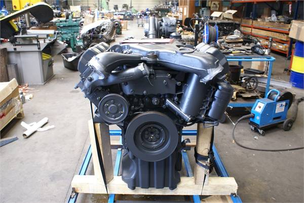 engines-mercedes-benz-part-no-om501la-11415272