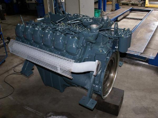 engines-mercedes-benz-part-no-om-404-11415133