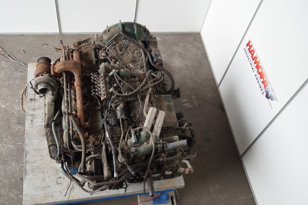 engines-volvo-part-no-dh10a285-11415617