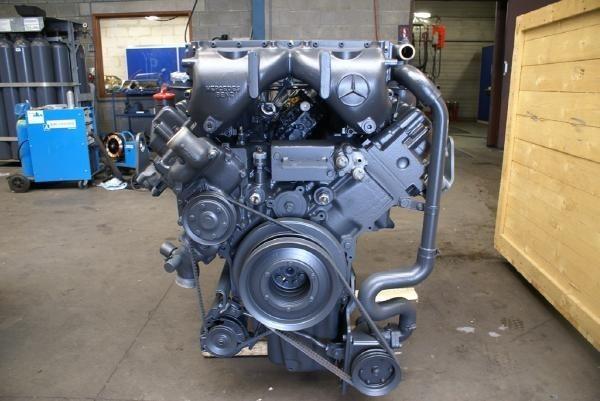 engines-mercedes-benz-part-no-om-444-la-equipment-cover-image