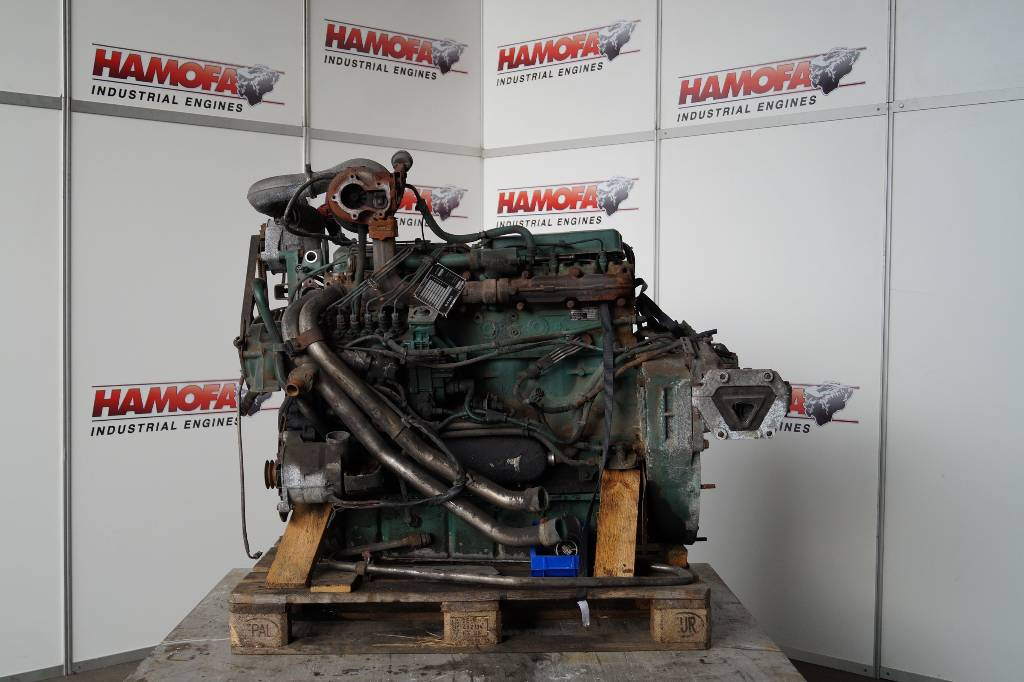engines-volvo-part-no-d7c-euro-3-equipment-cover-image