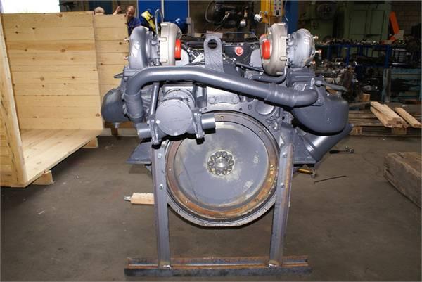 engines-man-part-no-d2840le-equipment-cover-image