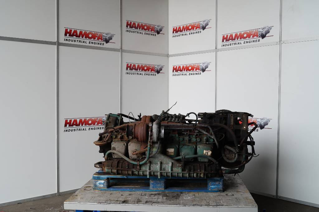 engines-volvo-part-no-dh10a285-equipment-cover-image