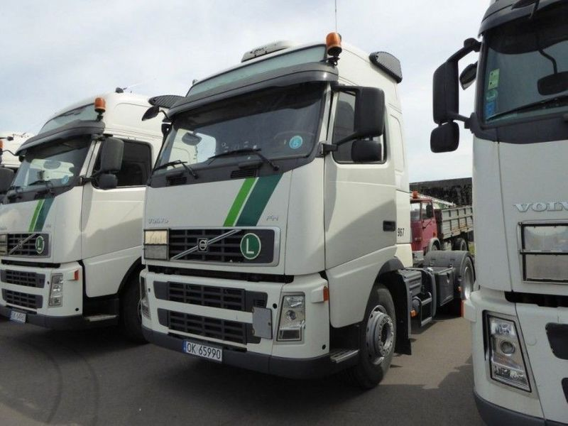 2008-volvo-fh440-103921-equipment-cover-image