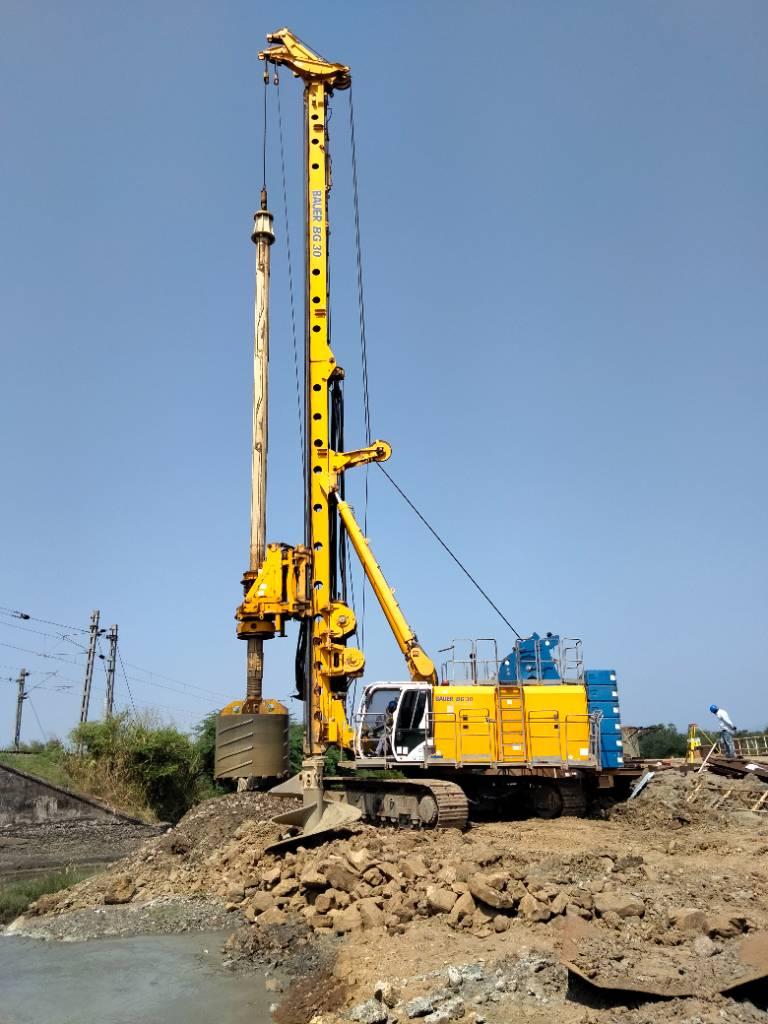 2013-bauer-bg-30-rig-plus-equipment-cover-image