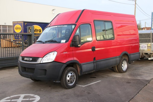 2011-iveco-daily-3-0-27549-equipment-cover-image