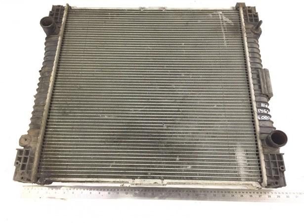 radiator-mercedes-benz-used-357999-18251467