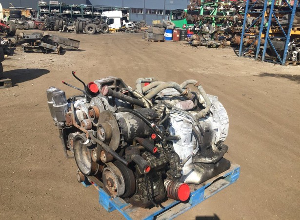 engines-mercedes-benz-used-368673-equipment-cover-image